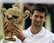 Wimbledon 2015: Novak Djoković porazil vo finále Rogera Federera