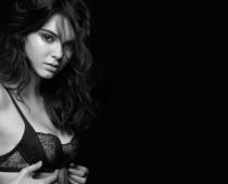 Závratná modelingová kariéra krásky Kendall Jenner!