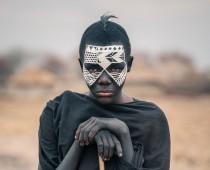 Tanzánia: úchvatné zábery pomaly miznúceho sveta domorodcov