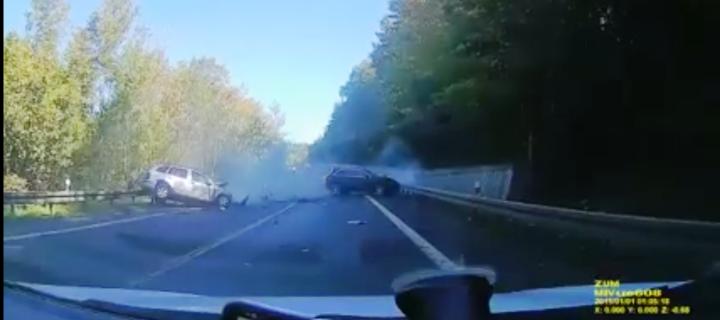 Naháňačka na luxusných tátošoch stála život 57-ročného vodiča, ktorý viezol svoju rodinu[VIDEO]