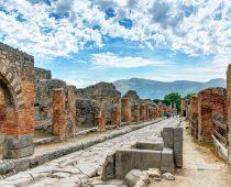 Pompeje: Vezuv vybuchol o dva mesiace neskôr