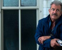 Mel Gibson prichádza ako policajt  v drsnejšej verzii Smrtonosnej zbrane