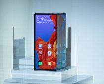 Huawei predstavil skladací smartfón Mate X, konkurencie sa nebojí
