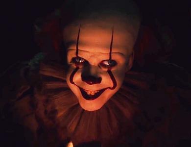 Desivý Kingov klaun sa vracia v traileri na TO 2