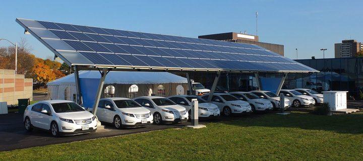 Solárne parkoviská ponúkajú riešenie pre budúcnosť