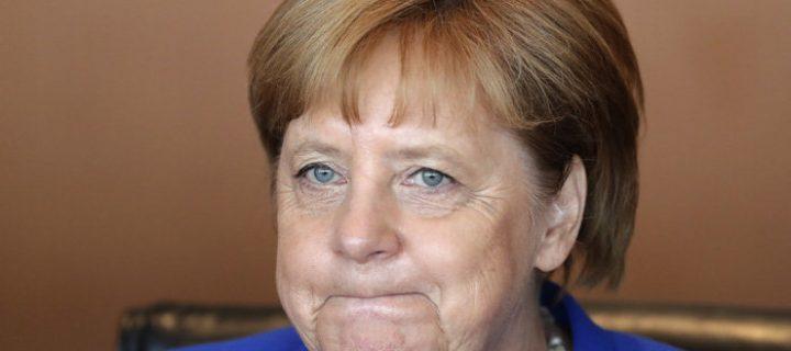 Je Angela Merkelová vážne chorá? Záchvaty sa opakujú