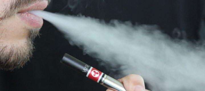 India zakázala E-cigarety: Sú naozaj tak nebezpečné?