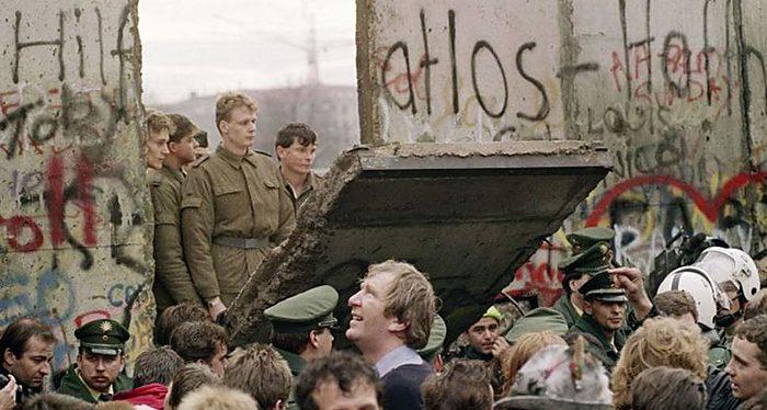 Berlínsky múr a rúcanie