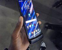 Motorola späť v hre? Na trh uvádza nový model Razr