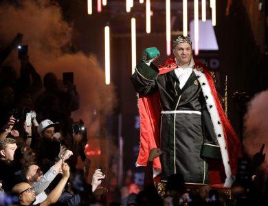 Tyson Fury zničil Wildera! Do ringu letel uterák + VIDEO