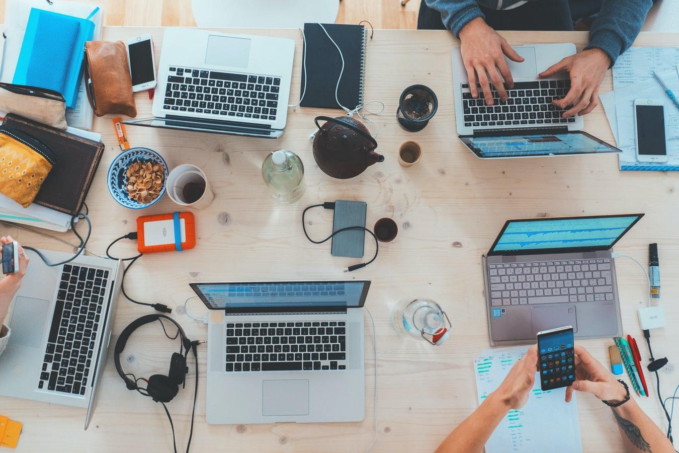 webhosting zadarmo a podpora